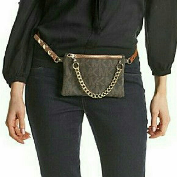 MICHAEL Michael Kors Pull Chain Belt Bag. M 5b292cdd3c984447987d6baf 4546b54335746